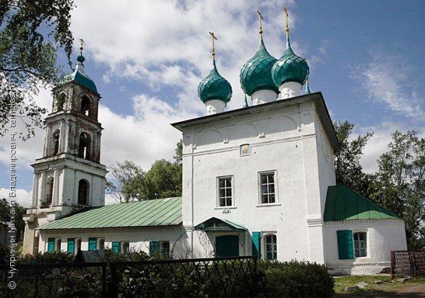 Южный фасад церкви Спаса